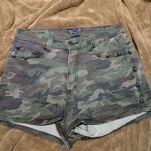 Tripp studded army shorts with studs